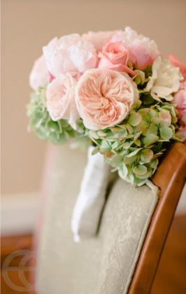 garden rose hydrangea bouquet