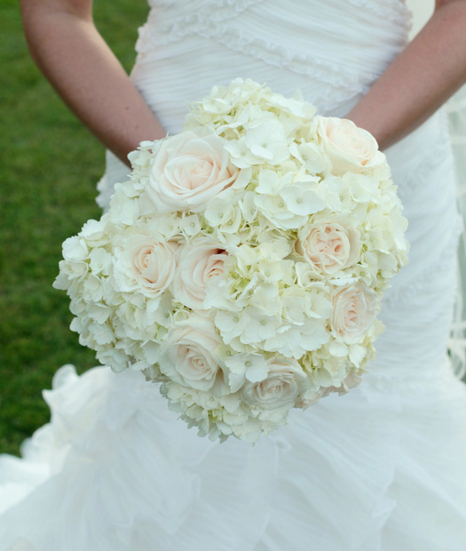 hydrangea bouquet with rose accents